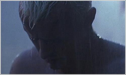Ruther Hauer en su papel de andrillo (replicante) Nexus 6 en el film Blade Runner.
