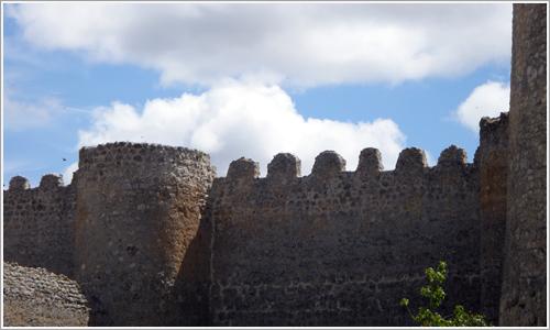 Las almenas medievales de la ciudad.