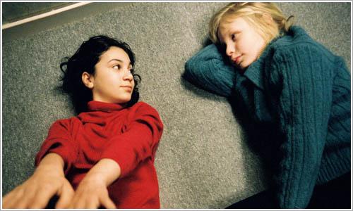 Oskar y Eli en el film homónimo.